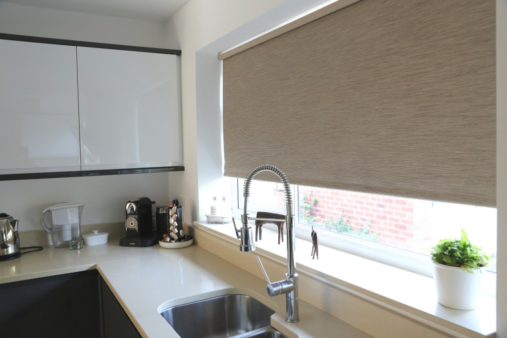 Roller Blinds Hawashim Curtain Dubai Uae